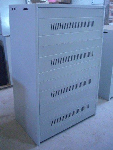 Gewald Electric Шкаф на 16 батареи емкостью до 100 Ач, C16-25
